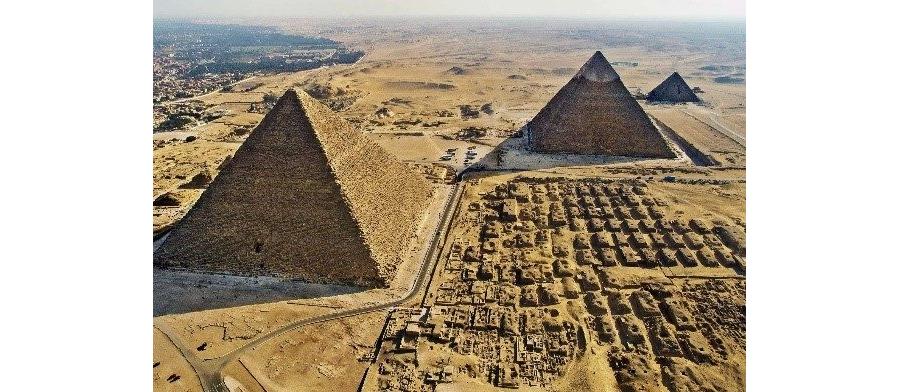 Belle pyramide !!